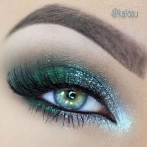 Yeşil-Simli-Göz-Makyajı-Örneği