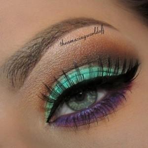 Yeşil-ve-Mor-Tonlarda-Göz-Makyajı-Örneği